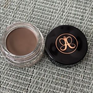 NEW Anastasia dipbrow pomade in ASH BROWN!